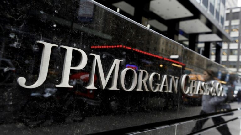 JP Morgan closes its private banking business in Mexico, leaves clients with BBVA